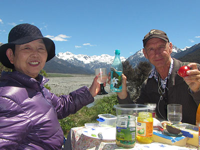 Picnic Lunch on Tranz Alpine Train tour